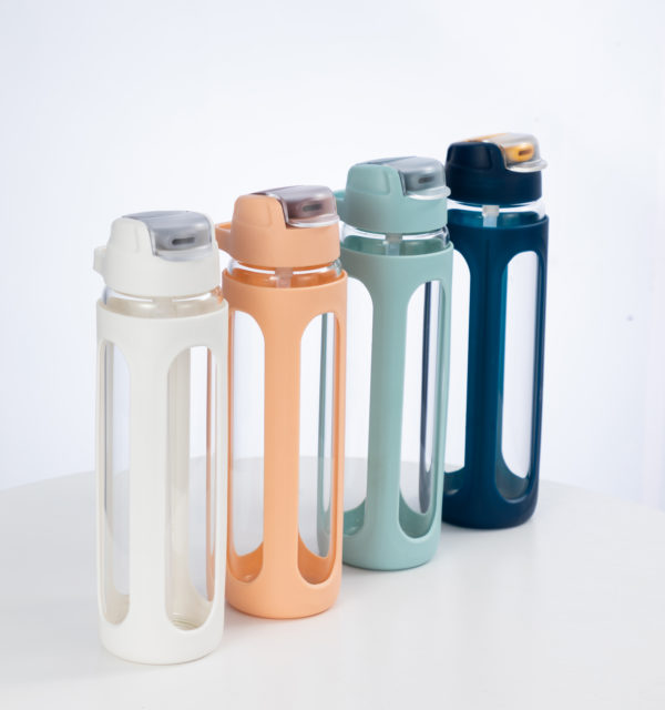 water bottle with straw plastic cover